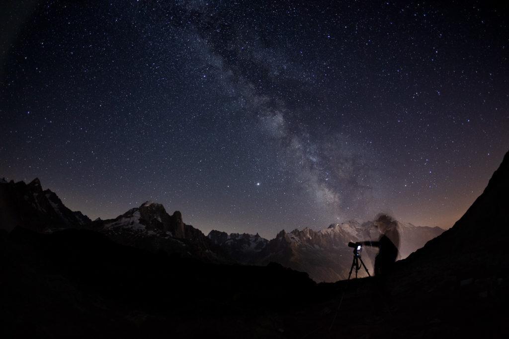 La Voie Lactée au-dessus de la chaine du Mont Blanc, pendant le stage photo Un balcon sur le Mont Blanc