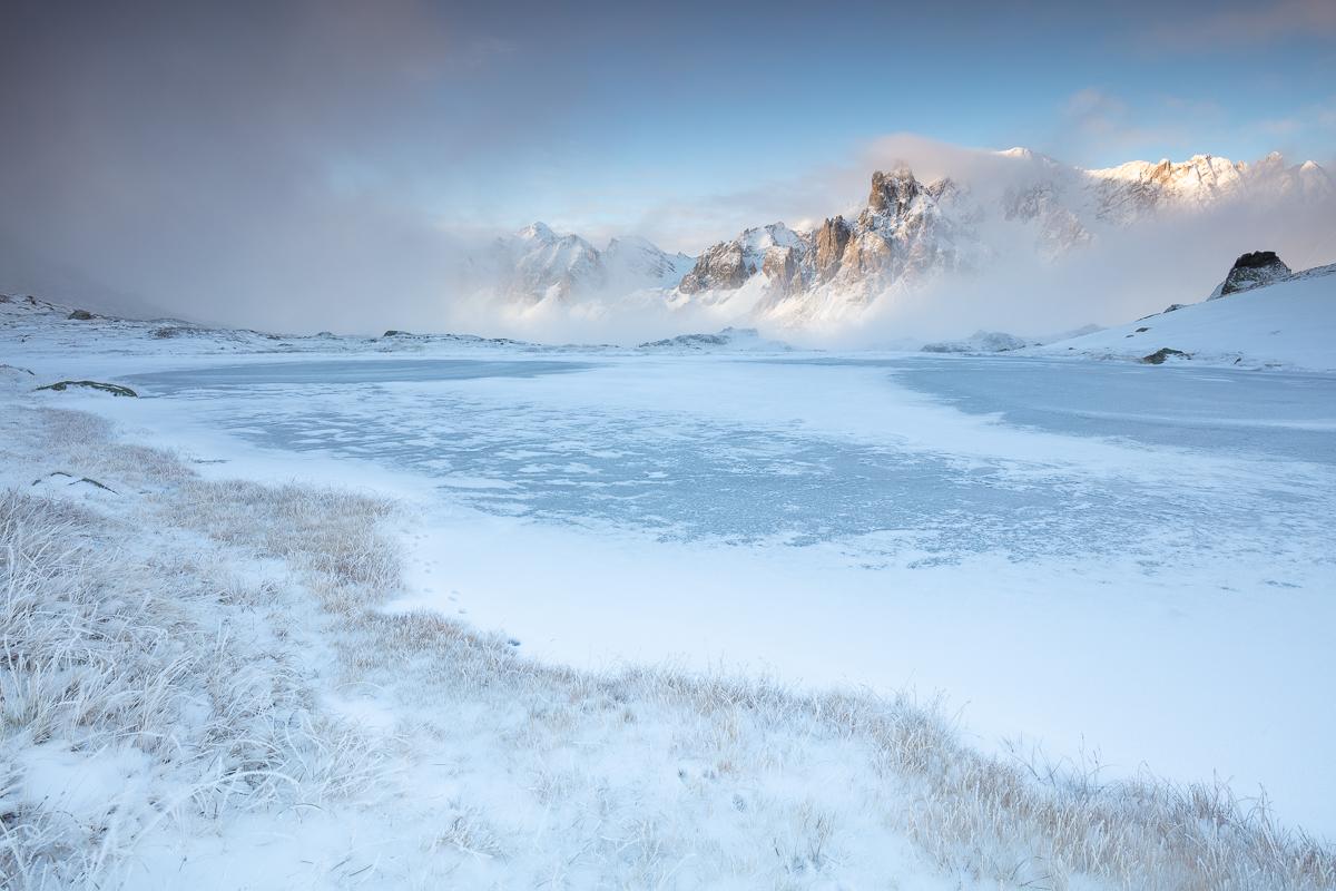 premières neiges en montagne, stage photo de paysage de montagne, vallée de la Clarée